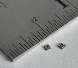 温度传感器检测手机中电池与处理器温度