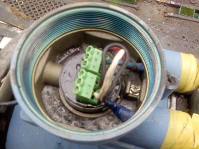 电磁流量计传感器位置安装不当将造成两大类故障