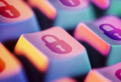 采用CPLD将加快计算机总线加密电路设计