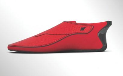 路痴神器 蓝牙导航运动鞋问世