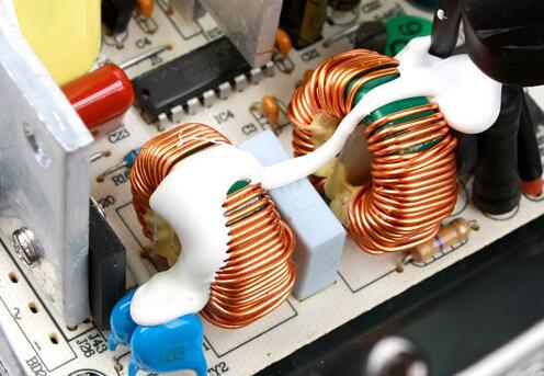 几种常用的EMI滤波器件介绍