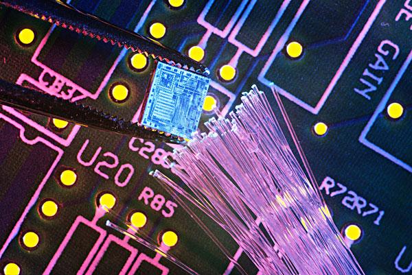 共发射极放大电路的负载原理及应用