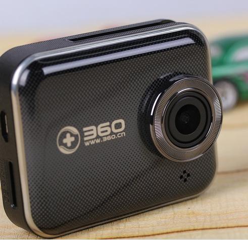 360智能行车记录仪问世 超大角度监控无盲区