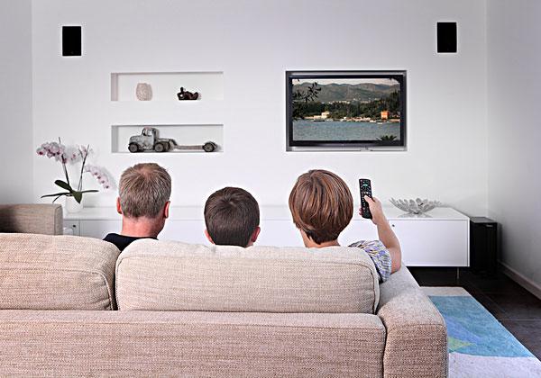 简化操作SURE万能遥控整合智能家居控制端