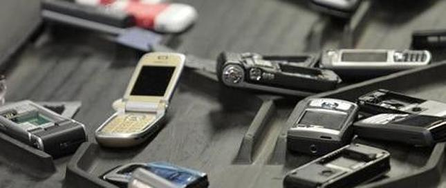 我国正规回收废旧手机现状:赔钱赚吆喝