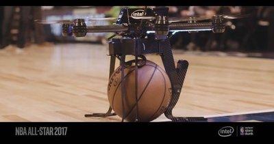 英特尔无人机首次亮相NBA扣篮大赛