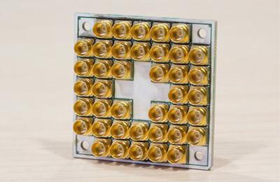英特尔与QuTech成功测试17量子位超导计算芯片