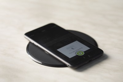 Powermat推出由SmartInductive支持的全新平台