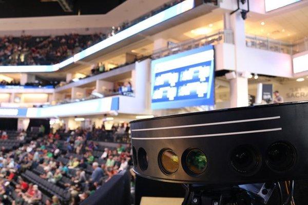 TNT和英特尔首次以VR形式转播NBA西部决赛