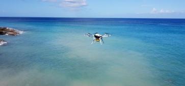 世界首款商业化氢燃料电池为 执行人道主义任务的无人机提供强大动力